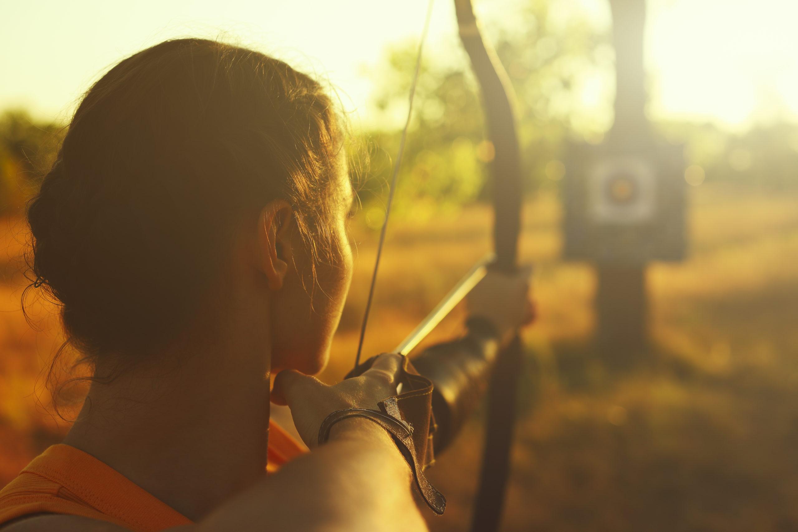 archer aiming at a target | archery in Arlington, VA